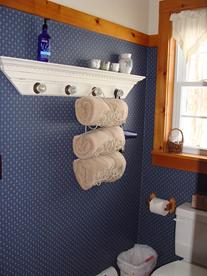 Comfy towels in a well equipt bath